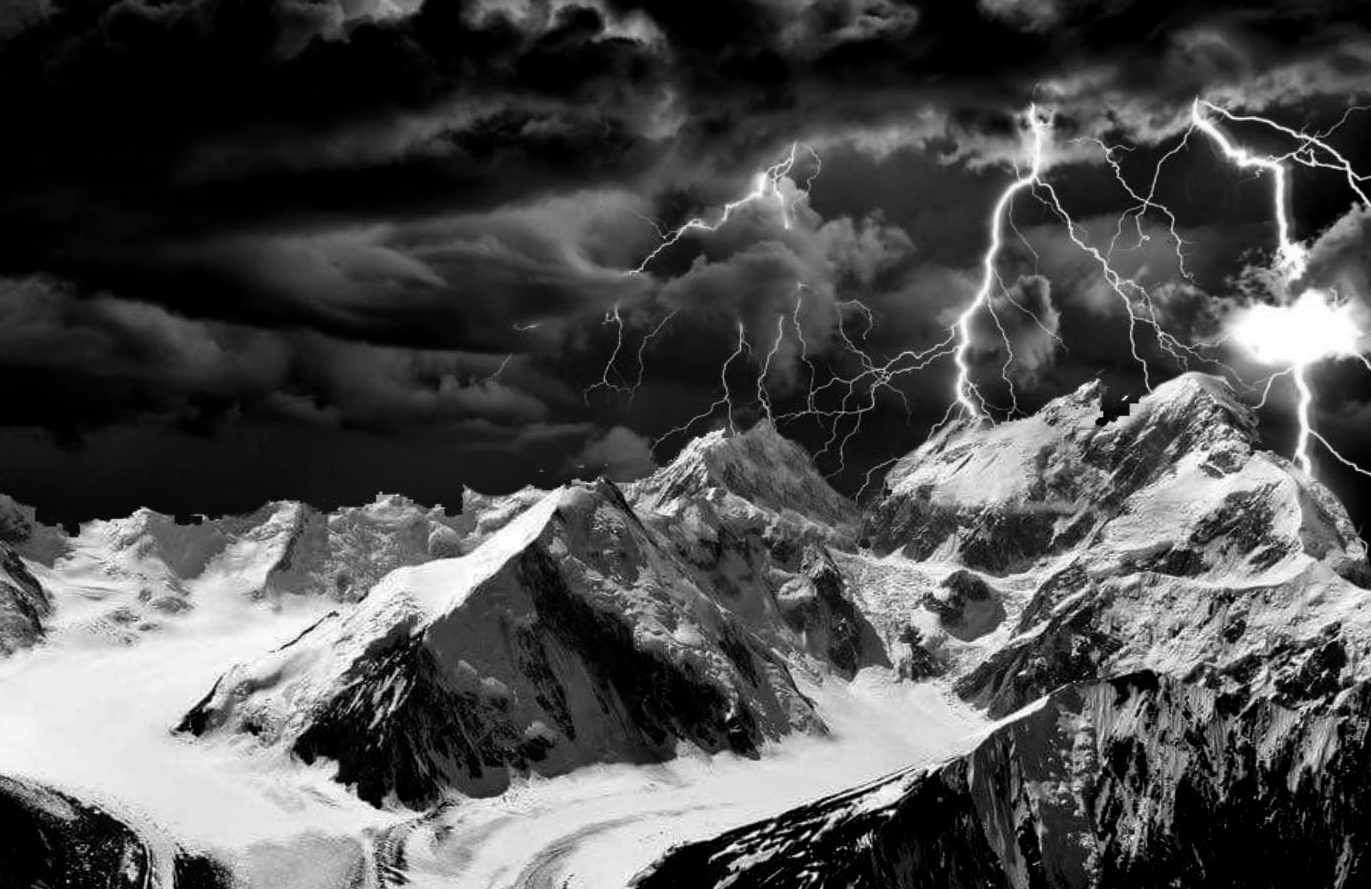 Traleika-Glacier-Lightning1A